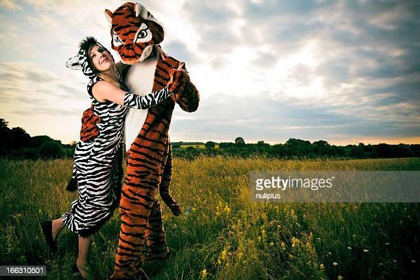 Muito diferente, mas de um casal feliz selvagem