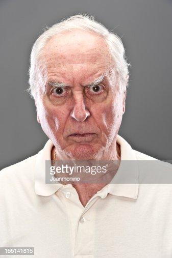 Sehr traurig Senior Mann (real Personen