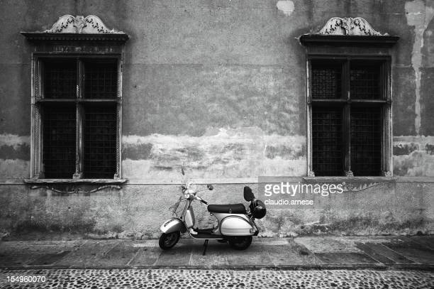 Vespa Piaggio ab. Schwarz und Weiß