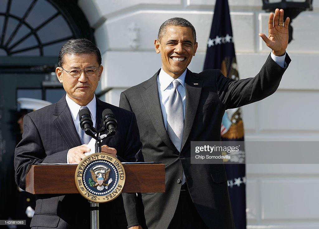 U.S. Veterans Affairs Secretary Eric Shinseki (L) introduces President Barack Obama during the kickoff of the Wounded Warrior Project's Soldier Ride on the South Lawn of the White House April 20, 2012 in Washington, DC. Obama hosted the wounded soliders to kick off a three day ride that will finish in Annapolis, Maryland.