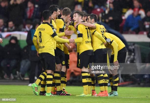 FUSSBALL VfB Stuttgart Borussia Dortmund 2 Ilkay Guendogan Mats Hummels Matthias Ginter Marco Reus und Henrikh Mkhitaryan