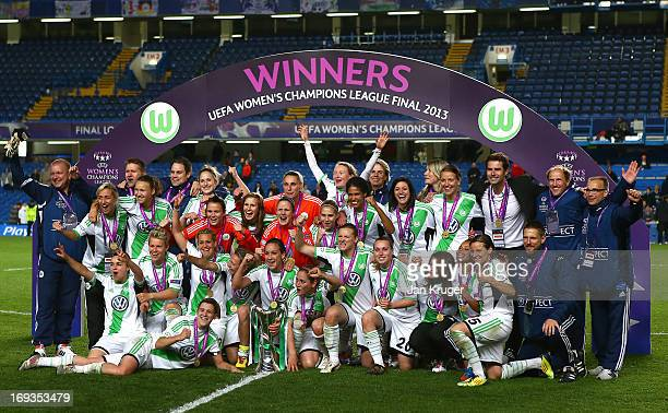 VfL Wolfsburg players celebrate with the trophy after winning the UEFA Women's Champions League final match between VfL Wolfsburg and Olympique...