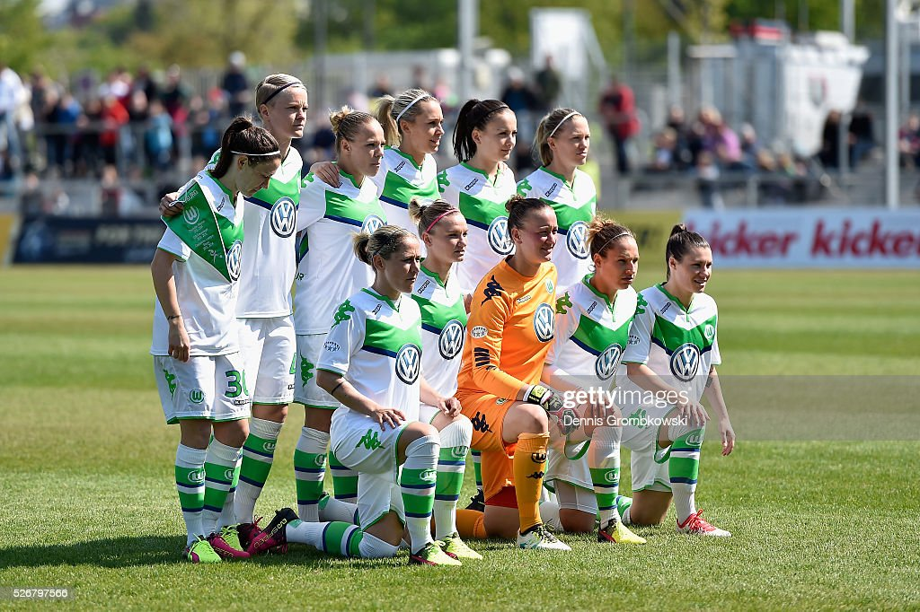 VfL Wolfsburg players pose for a team photo prior to kickoff during the UEFA Women's Champions League Semi Final second leg match between 1. FFC Frankfurt and VfL Wolfsburg at Stadion am Brentanobad on May 1, 2016 in Frankfurt am Main, Germany.
