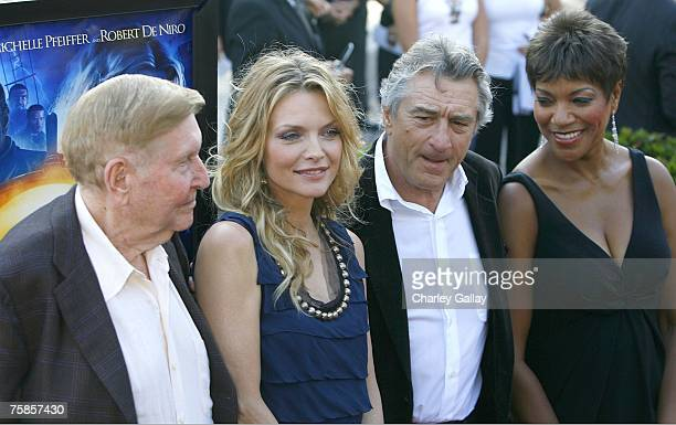 Viacom Chairman Sumner Redstone actress Michelle Pfeiffer actor Robert De Niro and his wife Grace Hightower arrive at the premiere of Paramount...
