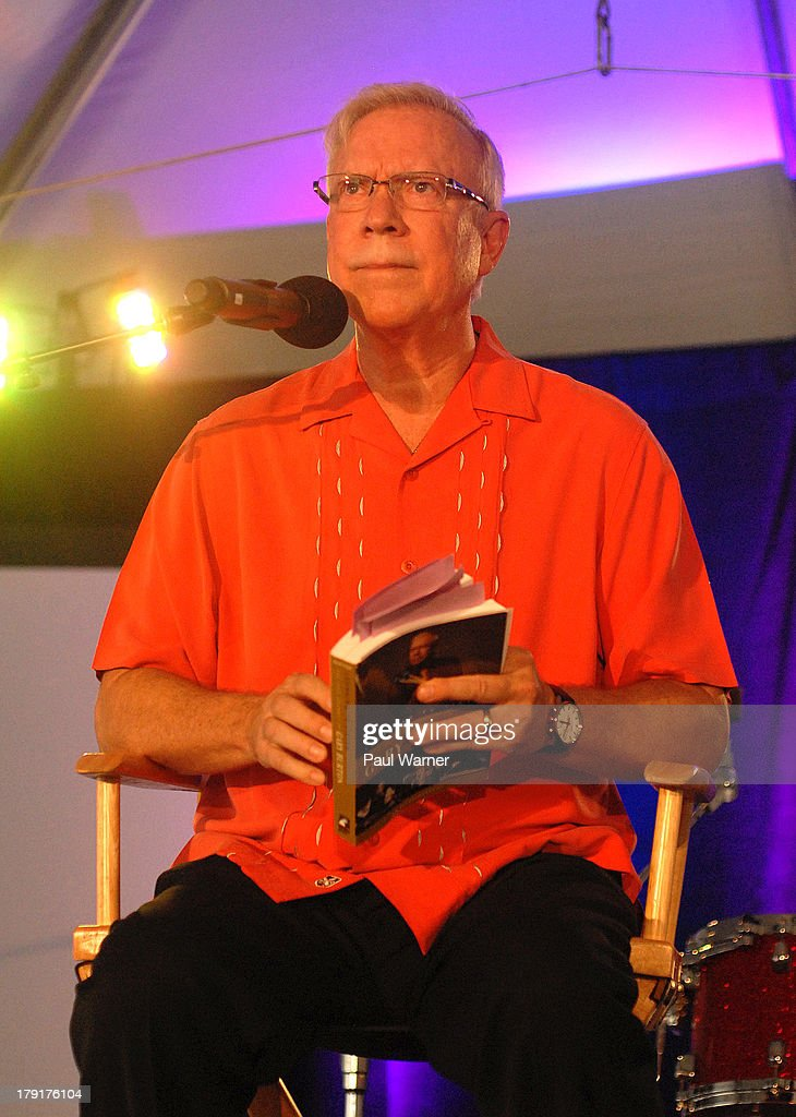 Vibraphone player <a gi-track='captionPersonalityLinkClicked' href=/galleries/search?phrase=Gary+Burton&family=editorial&specificpeople=1656848 ng-click='$event.stopPropagation()'>Gary Burton</a> reads from his autobiography, 'Learning to Listen, The Jazz Journey of <a gi-track='captionPersonalityLinkClicked' href=/galleries/search?phrase=Gary+Burton&family=editorial&specificpeople=1656848 ng-click='$event.stopPropagation()'>Gary Burton</a>', during day 2 of the Detroit Jazz Festival on August 31, 2013 in Detroit, Michigan.