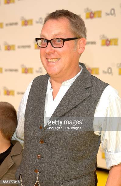 Vic Reeves arrives for the UK Premiere of The Simpsons Movie at the Vue Cinema The O2 Peninsula Square London