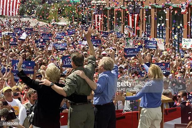 Vice President and Democratic presidential candidate Al Gore his wife Tipper running mate US Senator Joe Lieberman DCT and Lieberman's wife Hadassah...