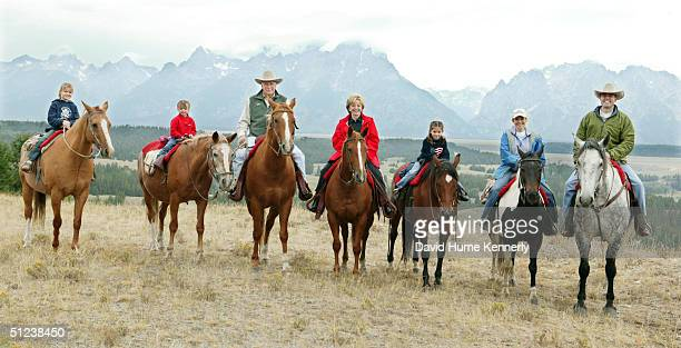 Vice President Dick Cheney with his family granddaughters Katie Perry Grace Perry Dick Cheney Lynne Cheney granddaughter Elizabeth Perry daughter Liz...