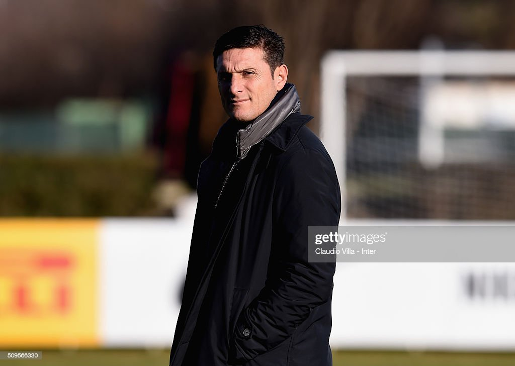 Vice President FC Internazionale <a gi-track='captionPersonalityLinkClicked' href=/galleries/search?phrase=Javier+Zanetti&family=editorial&specificpeople=206966 ng-click='$event.stopPropagation()'>Javier Zanetti</a> looks on during the FC Internazionale training session at the club's training ground at Appiano Gentile on February 11, 2016 in Como, Italy.