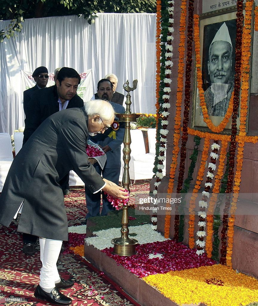 Vice President Mohammad Hamid Ansari paying floral tributes at the portrait of the Indian First President of India, Late Dr. Rajendra Prasad on the occasion of his 128th birth anniversary, on December 3, 2012 in New Delhi, India.