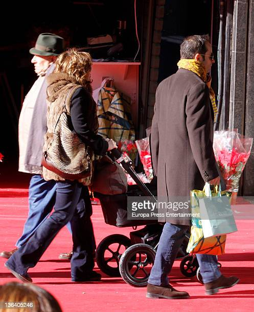 Vice president of Spanish government Soraya Saenz de Santamaria her husband Ivan Rosa and their son Ivan Rosa are seen on December 17 2011 in Madrid...