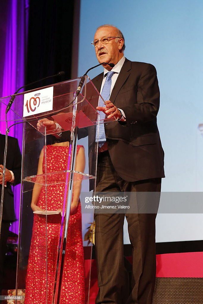 Vicente del Bosque attends the 'Pie Derecho' Music Awards 2013 at Callao cinema on December 12, 2013 in Madrid, Spain.