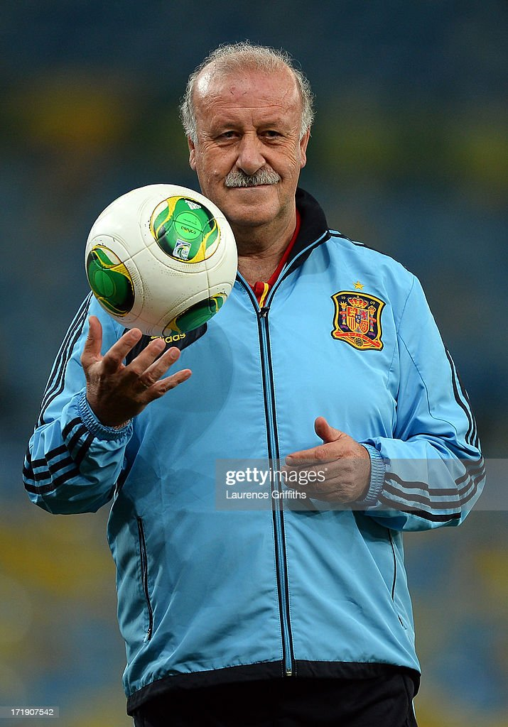 Vicente Del Bosque head coach of Spain looks on during a training session, ahead of their FIFA Confederations Cup Brazil 2013 Final match against Brazil, at the Maracana Stadium on June 29, 2013 in Rio de Janeiro, Brazil.