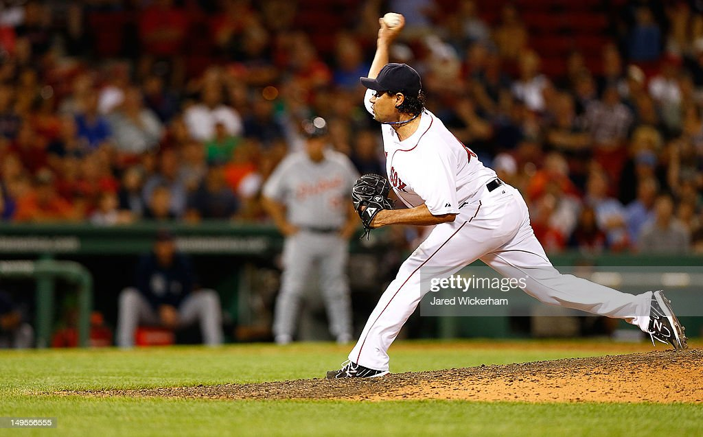 <a gi-track='captionPersonalityLinkClicked' href=/galleries/search?phrase=Vicente+Padilla&family=editorial&specificpeople=228325 ng-click='$event.stopPropagation()'>Vicente Padilla</a> #44 of the Boston Red Sox pitches against the Detroit Tigers during the game on July 30, 2012 at Fenway Park in Boston, Massachusetts.