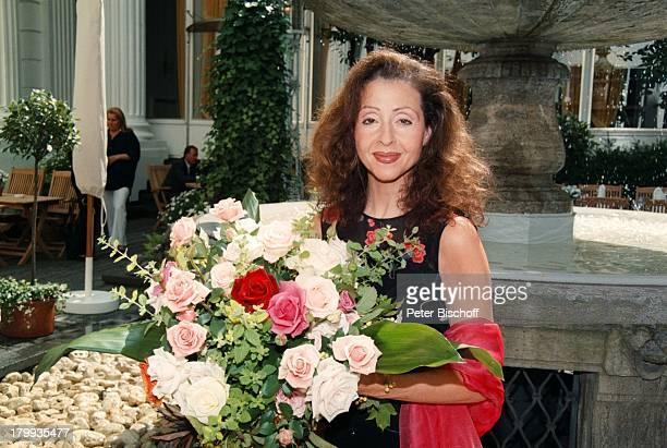 Vicky Leandros 'FleuropLady des Jahres1999' Hamburg Blumen