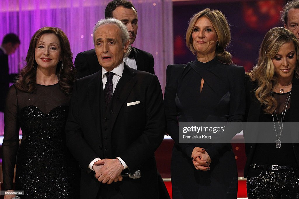 Vicky Leandros, Jose Carreras, Kim Fisher and Anastacia perform during the 18th Annual Jose Carreras Gala on December 13, 2012 in Leipzig, Germany.