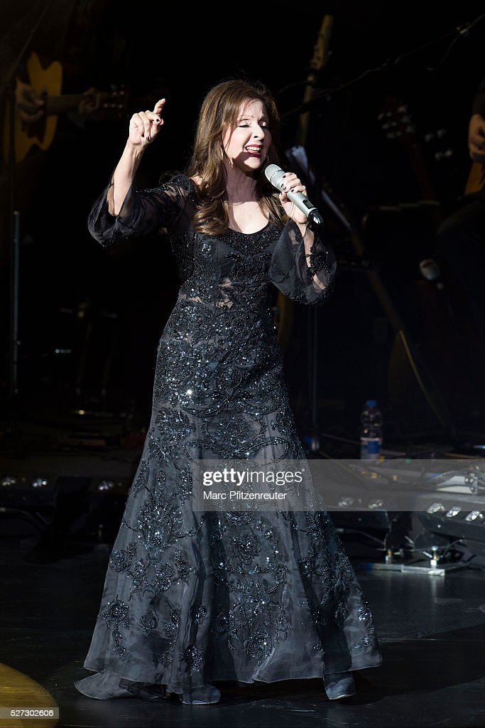 Vicky Leandros performs onstage during her 'Das Leben und ichTour' at the Musical Dome on May 2, 2016 in Cologne, Germany.