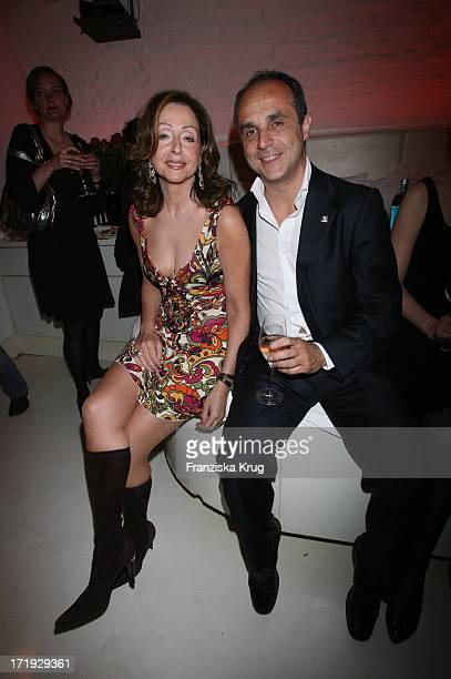 Vicky Leandros Und Michele Scannavini Beim Launch Des Neuen Parfums 'By Night' Von Jette_Joop Im Nektar In München Am 300506