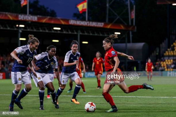 Vicky Losada of Spain controls the ball during the Group D match between Scotland and Spain during the UEFA Women's Euro 2017 at Stadion De...
