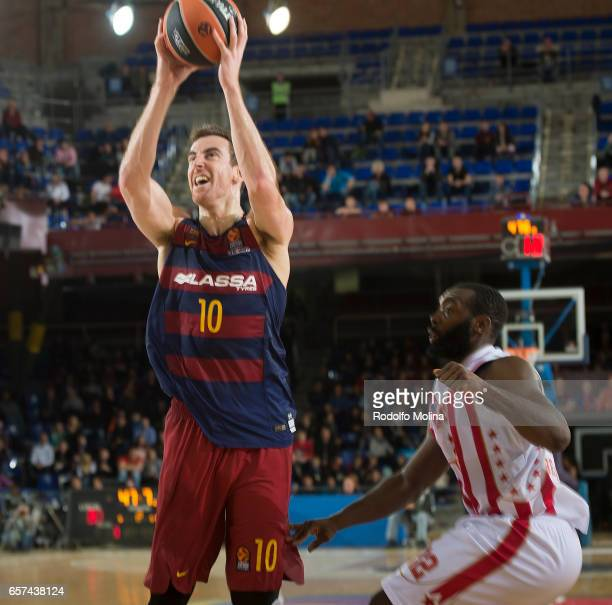 Victor Claver #10 of FC Barcelona Lassa in action during the 2016/2017 Turkish Airlines EuroLeague Regular Season Round 28 game between FC Barcelona...