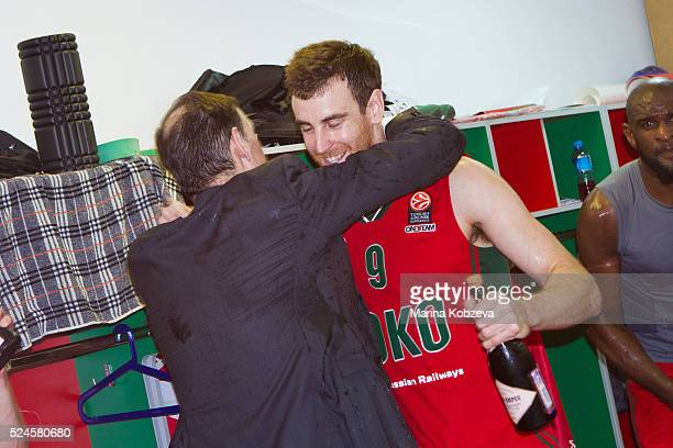 Victor Claver #9 of Lokomotiv Kuban Krasnodar and Georgios Bartzokas Head Coach of Lokomotiv Kuban Krasnodar after the 20152016 Turkish Airlines...