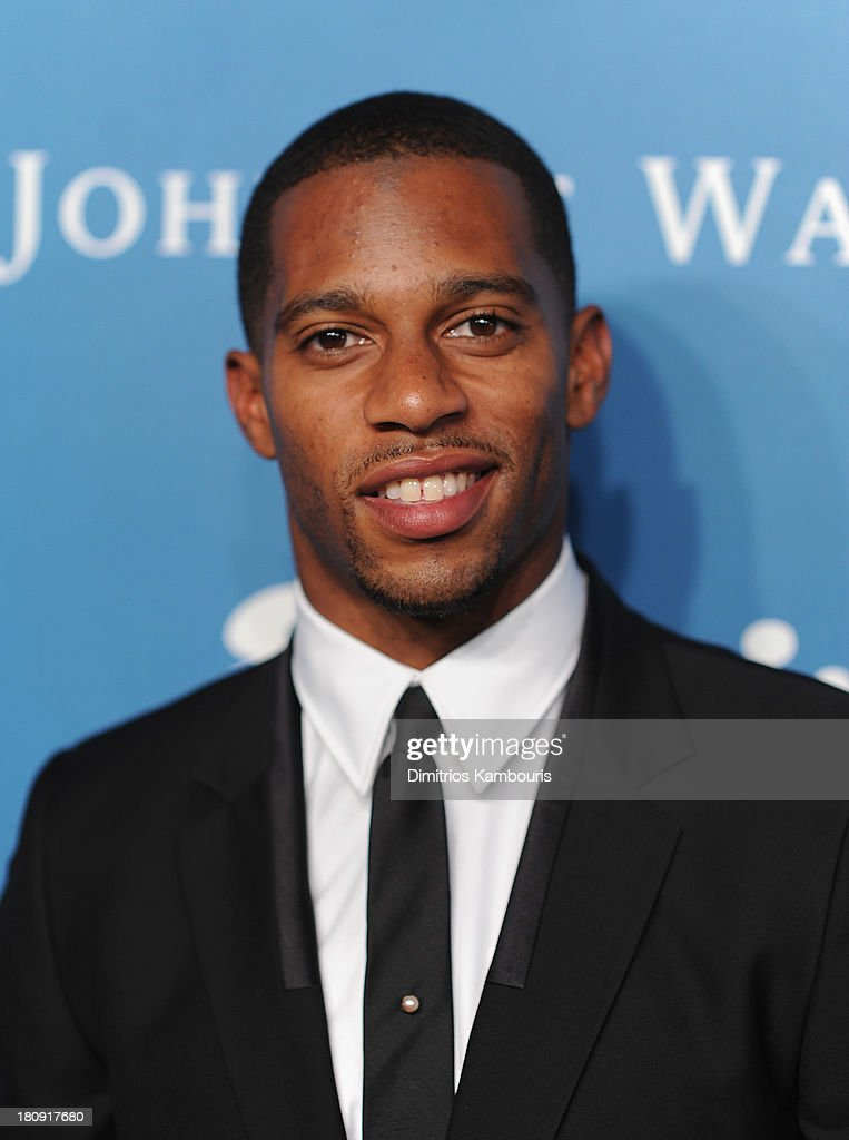 <a gi-track='captionPersonalityLinkClicked' href=/galleries/search?phrase=Victor+Cruz+-+American+Football+Player&family=editorial&specificpeople=8736842 ng-click='$event.stopPropagation()'>Victor Cruz</a> attends Esquire 80th Anniversary And Esquire Network Launch Celebration at Highline Stages on September 17, 2013 in New York City.