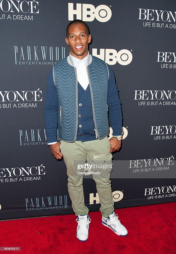 Victor Cruz attends the 'Beyonce: Life Is But A Dream' New York Premiere at Ziegfeld Theater on February 12, 2013 in New York City.