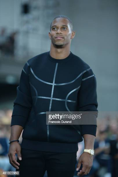 Victor Cruz attends the Givenchy show as part of the Paris Fashion Week Menswear Spring/Summer 2015 on June 27 2014 in Paris France