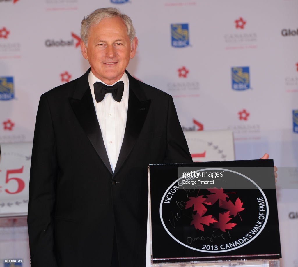 <a gi-track='captionPersonalityLinkClicked' href=/galleries/search?phrase=Victor+Garber&family=editorial&specificpeople=208795 ng-click='$event.stopPropagation()'>Victor Garber</a> attends Canada's Walk Of Fame Ceremony at The Elgin on September 21, 2013 in Toronto, Canada.