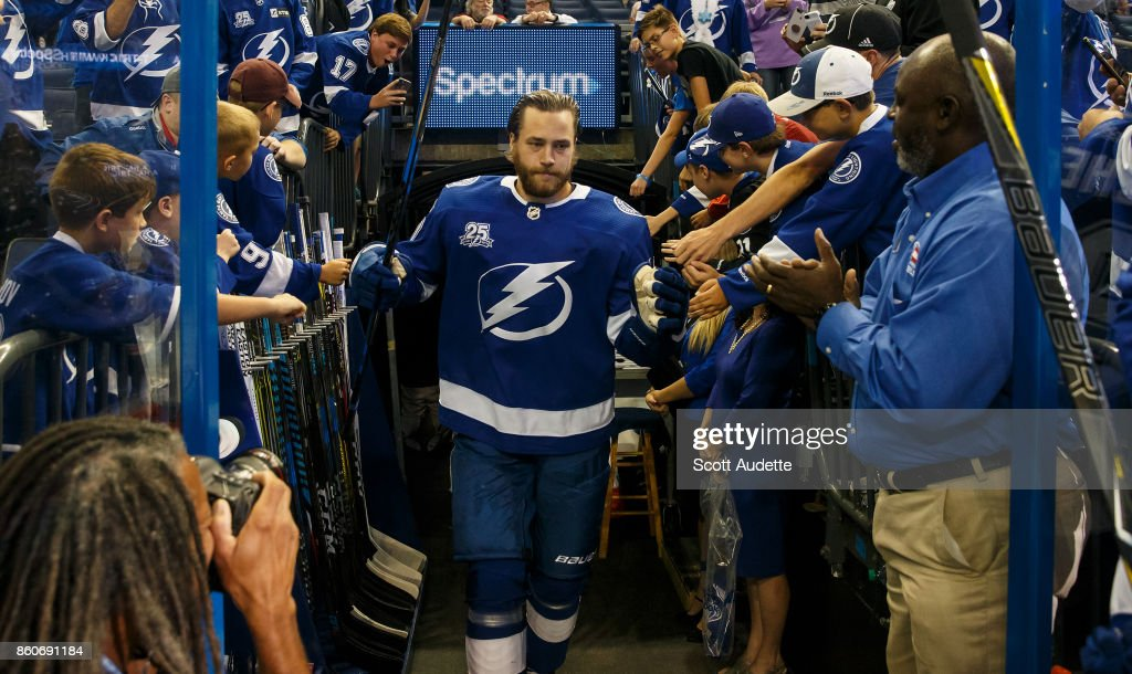 Victor Hedman #77 of the Tampa Bay Lightning gets ready for the game against the Pittsburgh Penguins at Amalie Arena on October 12, 2017 in Tampa, Florida.