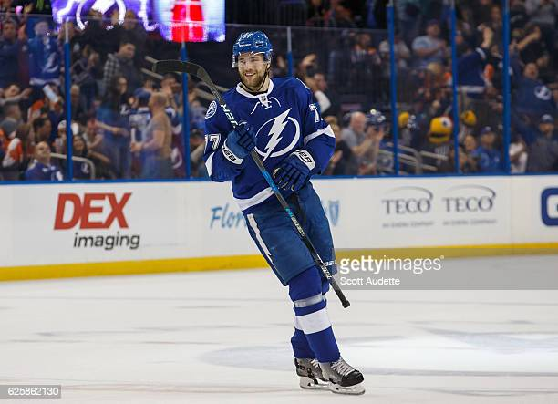 Victor Hedman of the Tampa Bay Lightning scores during the first period against the Philadelphia Flyers at Amalie Arena on November 23 2016 in Tampa...