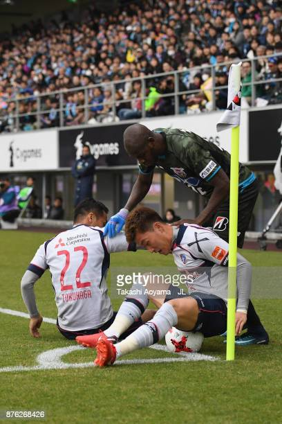 Victor Ibarbo of Sagan Tosu competes for the ball against Yuhei Tokunaga and Jang Hyun Soo of FC Tokyo during the JLeague J1 match between Sagan Tosu...