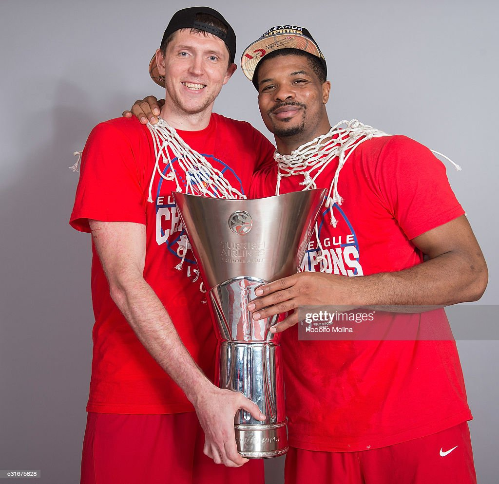 Victor Khryapa #31 of CSKA Moscow and Kyle Hines #42 poses during the Turkish Airlines Euroleague Basketball Final Four Berlin 2016 Champion Photo...