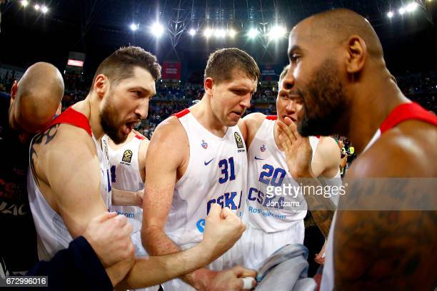 Victor Khryapa #31 of CSKA Moscow celebrates during the 2016/2017 Turkish Airlines EuroLeague Playoffs leg 3 game between Baskonia Vitoria Gasteiz v...