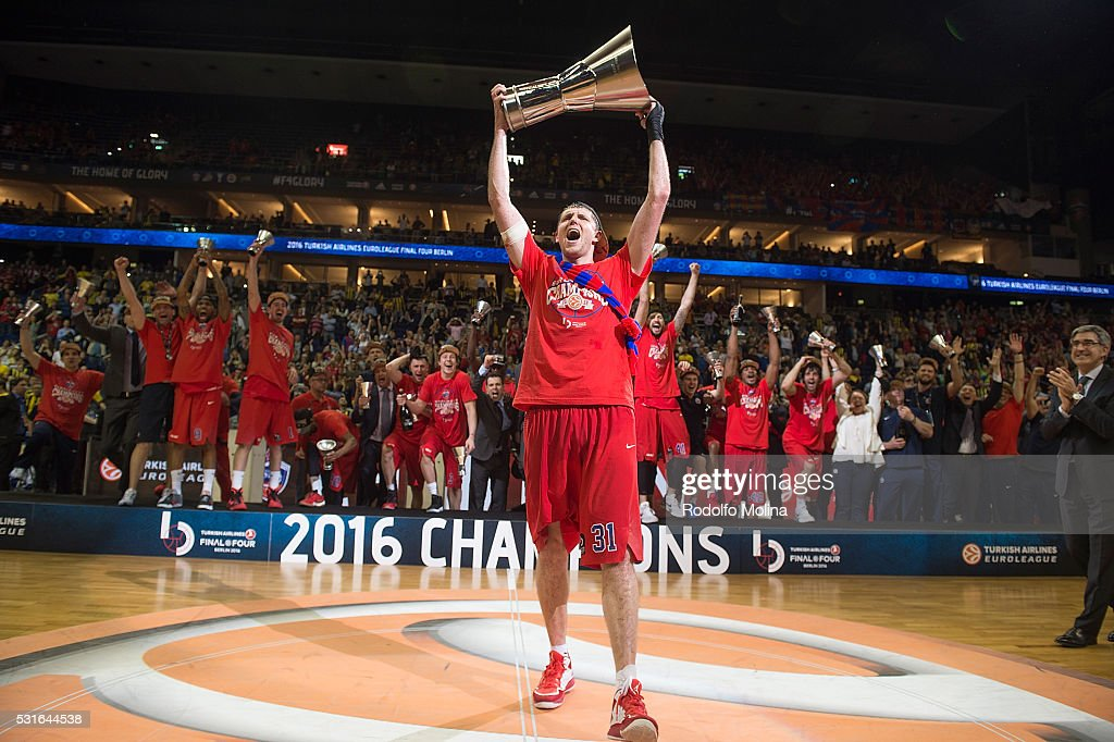 Victor Khryapa #31 of CSKA Moscow celebrtaes at the end of the Turkish Airlines Euroleague Basketball Final Four Berlin 2016 Championship game...