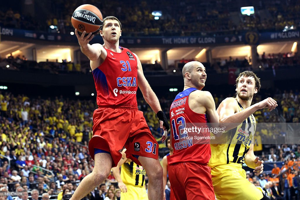 Victor Khryapa #31 of CSKA Moscow during the Turkish Airlines Euroleague Basketball Final Four Berlin 2016 Championship game between Fenerbahce...
