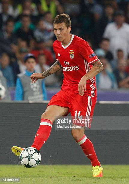 Victor Lindelof of Benfica during the UEFA Champions League match between SSC Napoli and Benfica at Stadio San Paolo on September 28 2016 in Naples