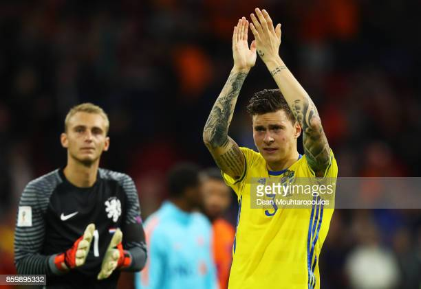 Victor Lindelof of Sweden claps the fans after the FIFA 2018 World Cup Qualifier between Netherlands and Sweden at the Amsterdam Arena on October 10...