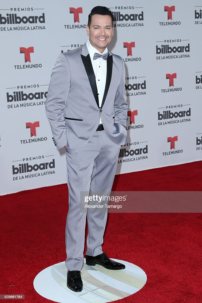 Victor Manuelle attends the Billboard Latin Music Awards at Bank United Center on April 28, 2016 in Miami, Florida.