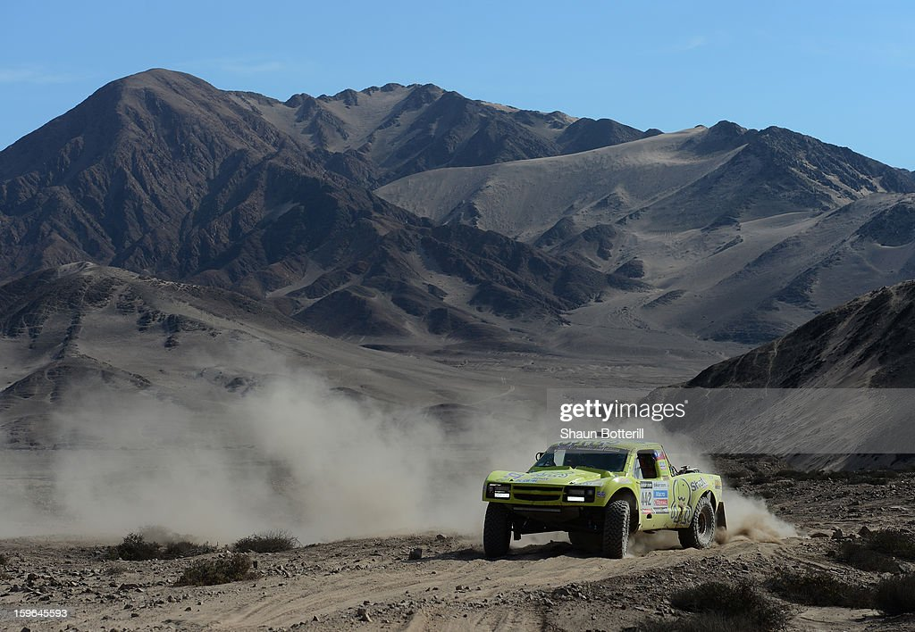 Victor Mastromatteo and co-driver Americo Aliaga of team Chevrolet compete in stage 12 from Fiambala to Copiapo during the 2013 Dakar Rally on January 17, 2013 in Fiambala, Argentina.