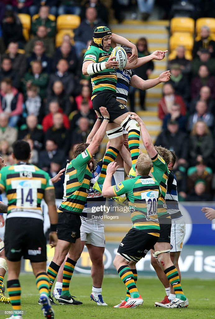 <a gi-track='captionPersonalityLinkClicked' href=/galleries/search?phrase=Victor+Matfield&family=editorial&specificpeople=227167 ng-click='$event.stopPropagation()'>Victor Matfield</a> of Northampton wins the lineout during the Aviva Premiership match between Northampton Saints and Bath at Franklin's Gardens on April 30, 2016 in Northampton, England.