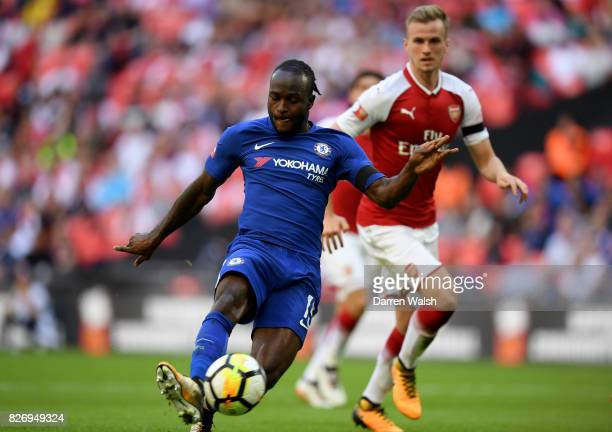 Victor Moses of Chelsea scores his sides first goal during the The FA Community Shield final between Chelsea and Arsenal at Wembley Stadium on August...