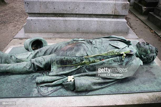 Victor Noir's grave is seen in the Pere Lachaise Cemetery on December 16 2005 in Paris France Folklore surrounding a well endowed statue in a Paris...