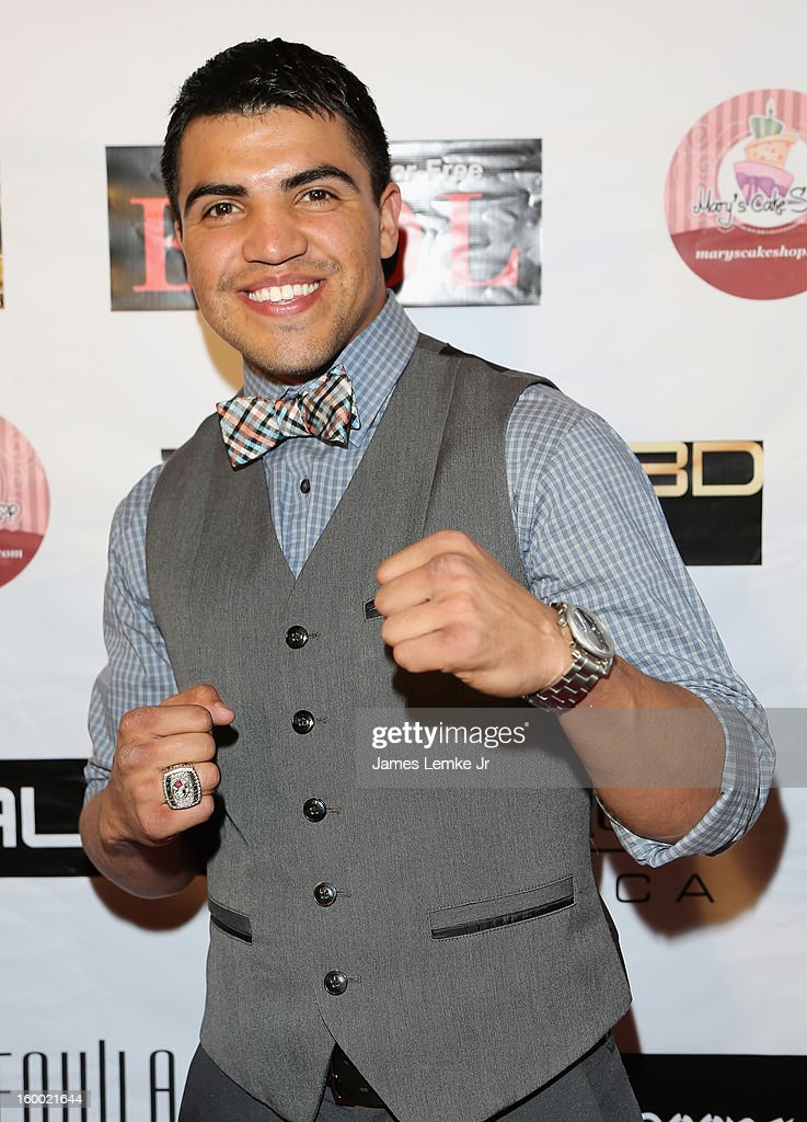 <a gi-track='captionPersonalityLinkClicked' href=/galleries/search?phrase=Victor+Ortiz&family=editorial&specificpeople=2809263 ng-click='$event.stopPropagation()'>Victor Ortiz</a> attends the 'Vishwaroopam' premiere held at the Pacific Theaters at the Grove on January 24, 2013 in Los Angeles, California.