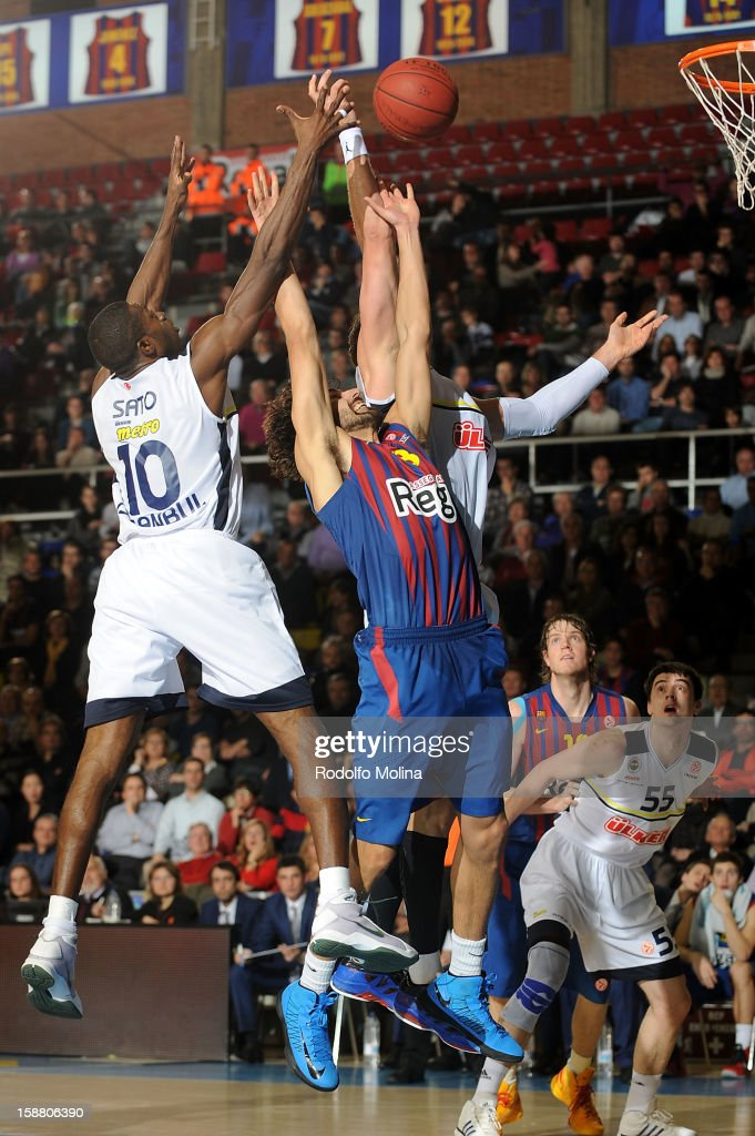 Victor Sada, #8 of FC Barcelona Regal in action during the 2012-2013 Turkish Airlines Euroleague Top 16 Date 1 between FC Barcelona Regal v Fenerbahce Ulker Istanbul at Palau Blaugrana on December 28, 2012 in Barcelona, Spain.