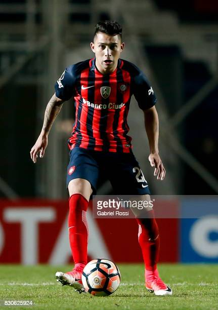 Victor Salazar of San Lorenzo drives the ball during a second leg match between San Lorenzo and Emelec as part of round of 16 of Copa CONMEBOL...