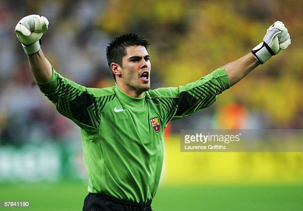 Victor Valdes the Barcelona goalkeeper celebrates his sides victory in the UEFA Champions League Final between Arsenal and Barcelona at the Stade de...