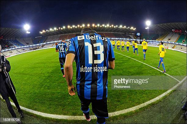 Victor Vazquez of Club Brugge KV set foot on the pitch during the Cofidis Cup 1/16 final match between Club Brugge and KV Woluwe Zaventem in the Jan...