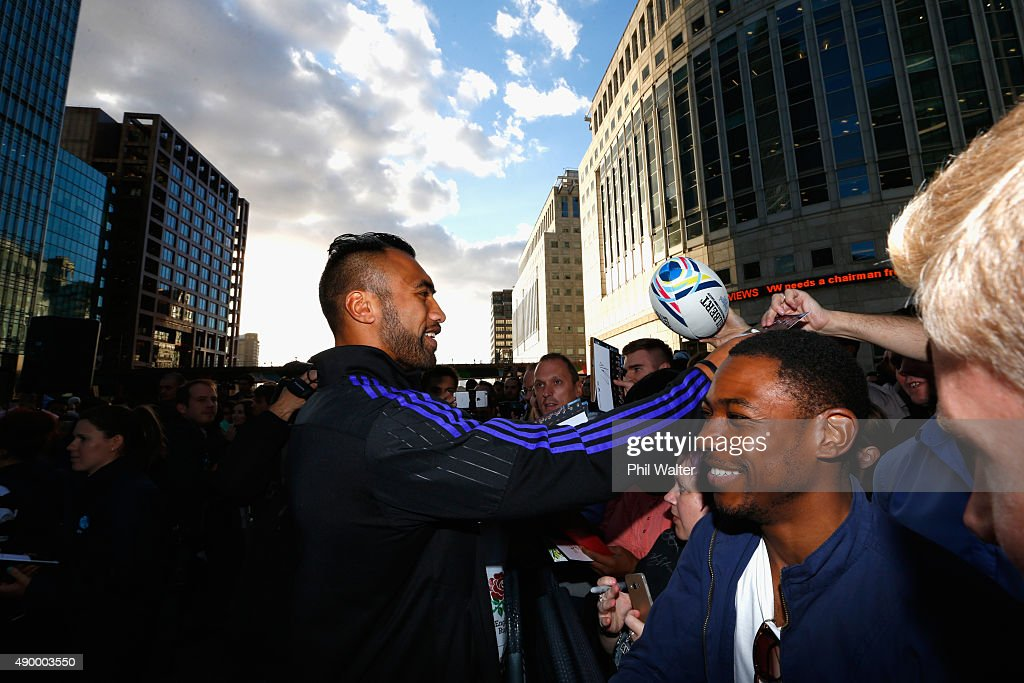 Victor Vito of the All Blacks signs autographs for fans at Canary Wharf during an AIG Haka 360 Experience promotion on September 25 2015 in London...