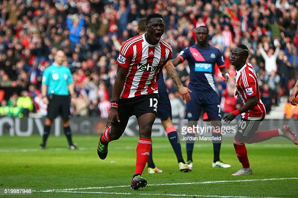 Victor Wanyama of Southampton celebrates scoring his team's third goal during the Barclays Premier League match between Southampton and Newcastle...